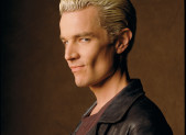 Spike, le vampire le plus cool et romantique de l'univers!!!!!