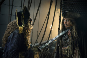 pirates-des-caraibes-5-la-vengeance-de-salazar-photo-johnny-depp-987756